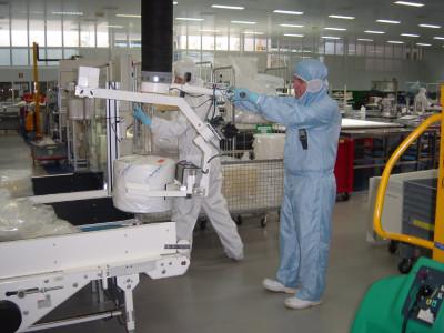 Podnośniki podciśnieniowe dla branży chemicznej i farmaceutycznej